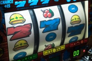 a csino slot about to win 777